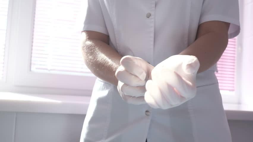Latex gloves Pose risk of spreading COVID 19
